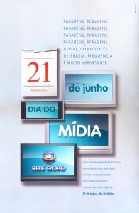 midia-dia-196x300 Dia do Mídia | WMcCann